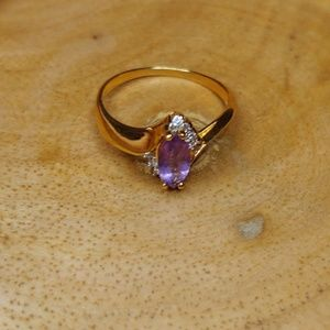 Jewelry - Gold Plated amethyst ring
